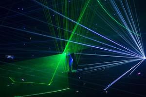 homme laser